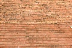 Escaleras de la piedra arenisca roja en la entrada de Buland Darwaza foto de archivo