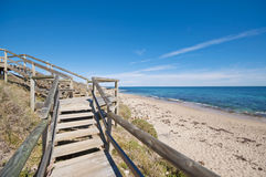 Escaleras de la playa Imágenes de archivo libres de regalías