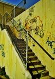 Escaleras de mirada sucias fotos de archivo