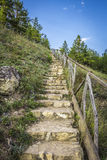 Escaleras de piedra al río Imagen de archivo libre de regalías