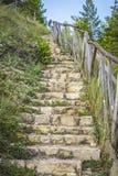 Escaleras de piedra al río Fotos de archivo