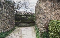 Escaleras de piedra en el pueblo abandonado de la granadilla foto de archivo libre de regalías
