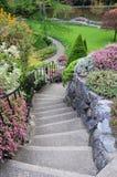 Escaleras del jardín Foto de archivo libre de regalías