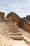 Escaleras del rastro del desierto imagen de archivo