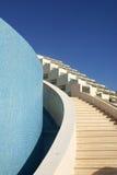 Escaleras en centro turístico fotografía de archivo