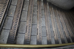 Escaleras en el Londres subterráneo Fotos de archivo