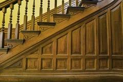 Escaleras en la casa vieja 3 Imágenes de archivo libres de regalías
