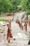 Templo del siglo X del yogini de Chaunsath de las escaleras antiguas, Jabalpur, la India imagen de archivo