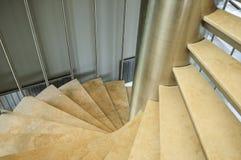 Escaleras en un edificio Fotos de archivo libres de regalías