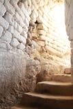 Escaleras en una cueva, parque nacional del govrin de Beit, Israel fotografía de archivo libre de regalías