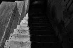Escaleras espeluznantes imagen de archivo libre de regalías