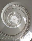 Escaleras espirales Visión de debajo Imagenes de archivo
