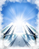 Escaleras hechas de nubes al cielo Imágenes de archivo libres de regalías