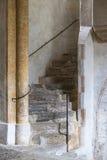 Escaleras interiores imagen de archivo