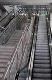 Escaleras móviles del aeropuerto de Ben Gurion, terminal 3 Fotografía de archivo libre de regalías