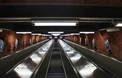 Escaleras móviles en el subterráneo de Estocolmo Fotografía de archivo libre de regalías