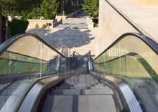 Escaleras móviles para la gente Fotografía de archivo