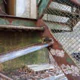 Escaleras oxidadas imagen de archivo