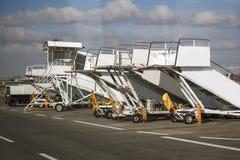 Escaleras para el soporte del avión foto de archivo libre de regalías