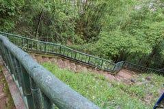 Escaleras a un templo en Son La, Vietnam Imagen de archivo libre de regalías