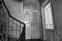 Escaleras viejas fotos de archivo libres de regalías