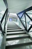 Escalier à l'intérieur de Mercedes-Benz Arena, Changhaï, Chine Photographie stock