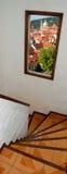 Escalier avec la vue d'hublot Images stock
