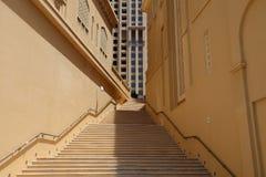 Escalier dans la marina de Dubaï Photo libre de droits