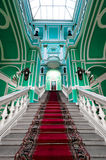 Escalier dans le palais russe image libre de droits