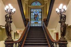 Escalier dans le vitrail de tache à la ligue des syndicats Image stock
