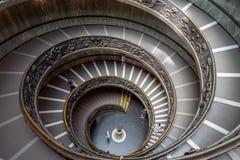 Escalier de Bramante dans des musées de Vatican à Ville du Vatican photos libres de droits