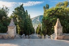 Escalier de Calvari dans Pollenca Majorque Photographie stock libre de droits