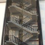 Escalier de secours pour le feu d'évasion Photos stock