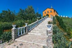 Escalier en pierre à l'église Images libres de droits