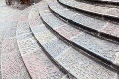Escalier en pierre circulaire images stock