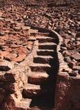 Escalier rose fait en pierre Photos libres de droits