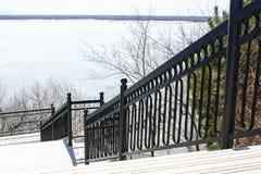 Escalier vers le fleuve Amur Image stock