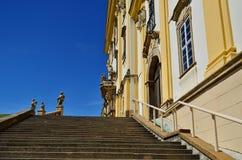 Escaliers à l'église Image stock