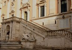 Escaliers à l'histoire image libre de droits
