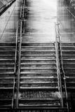 Escaliers à la station de métro Image libre de droits