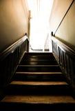 Escaliers amenant à un studio Photo stock