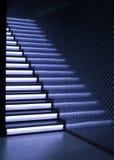 Escaliers avec l'éclairage Photographie stock libre de droits