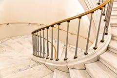 Escaliers blancs. photographie stock