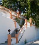 Escaliers blancs sur Kos, Grèce Images libres de droits