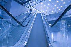 Escaliers d'ascenseur visualisés Photographie stock libre de droits