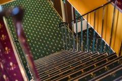 Escaliers dans l'intérieur Image stock