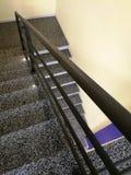 Escaliers dans le bâtiment Photo libre de droits