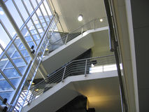 Escaliers de bureau Images stock