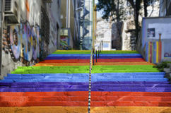 escaliers de couleur arc-en-ciel Image stock