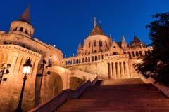 Escaliers de la bastion du pêcheur à Budapest Photographie stock